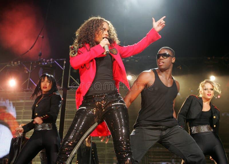 Alicia Keys presteert in overleg stock foto's