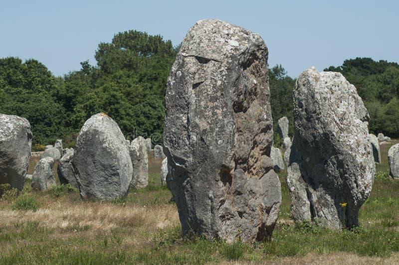 alignement célèbre de mégalithe en Carnac Brittany France images stock