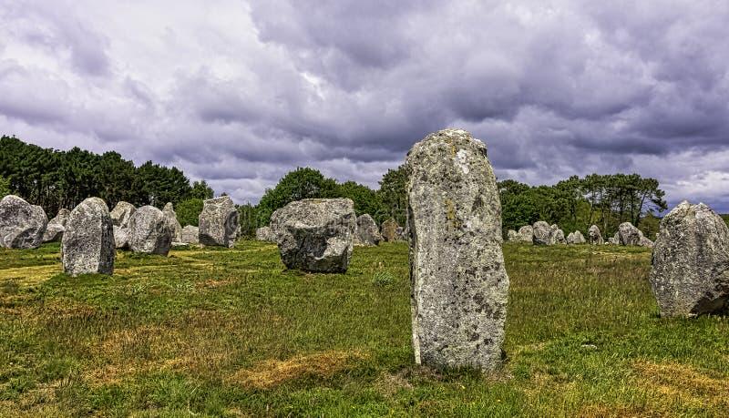 Alignements de Carnac - pedras de Carnac imagem de stock
