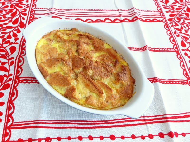 Aliment cuits de maison de pudding de pain photos libres de droits