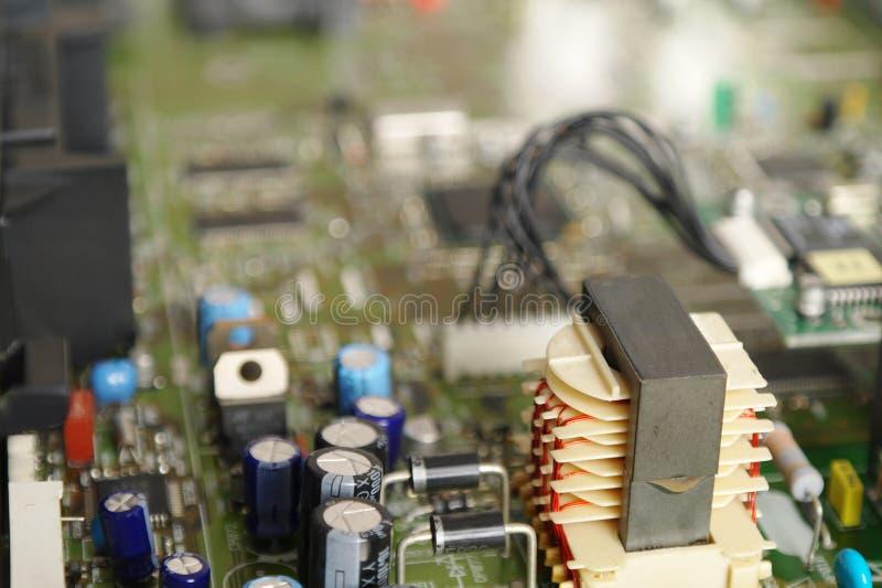 Alimentation d'énergie dans un décodeur satellite photographie stock
