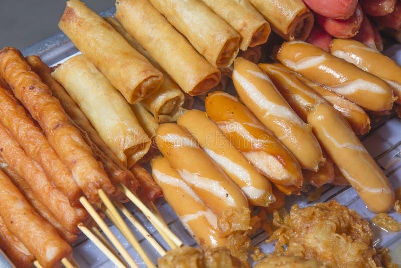 Alimenti fritti dorati fotografia stock libera da diritti