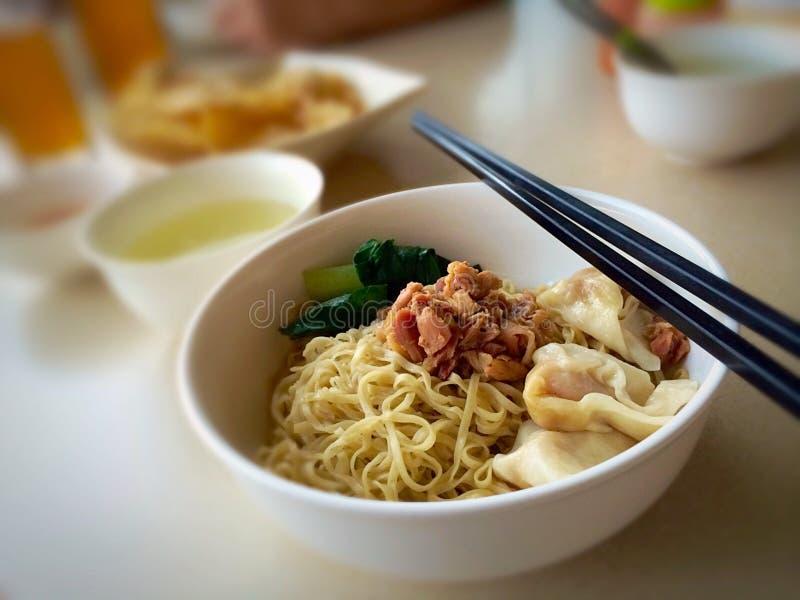 Alimento asiático do conforto imagem de stock