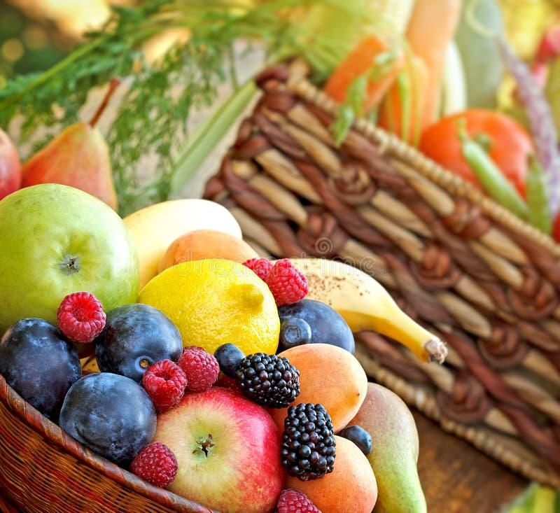 Alimento biológico fresco - comida sana fotografía de archivo libre de regalías