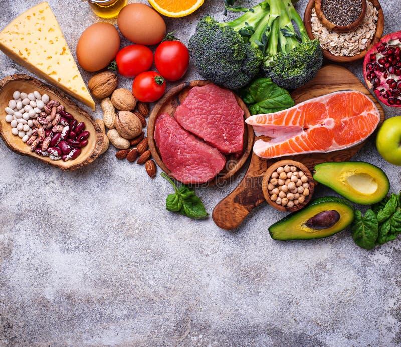 Alimento biológico para a nutrição e superfoods saudáveis foto de stock
