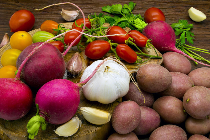 Alimento biológico vegetal fotografia de stock royalty free