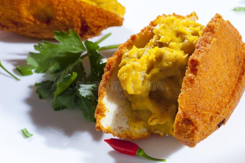 Alimento brasileiro da rua de Acaraje de Baía foto de stock royalty free