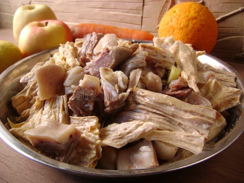 Alimento chinês: Carne do peito de carne assada com soja secada imagens de stock royalty free