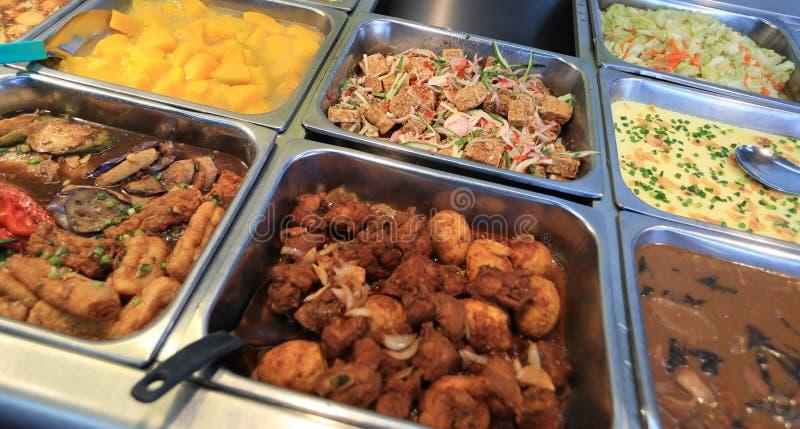 Alimento chinês do bufete do fast food fotografia de stock royalty free