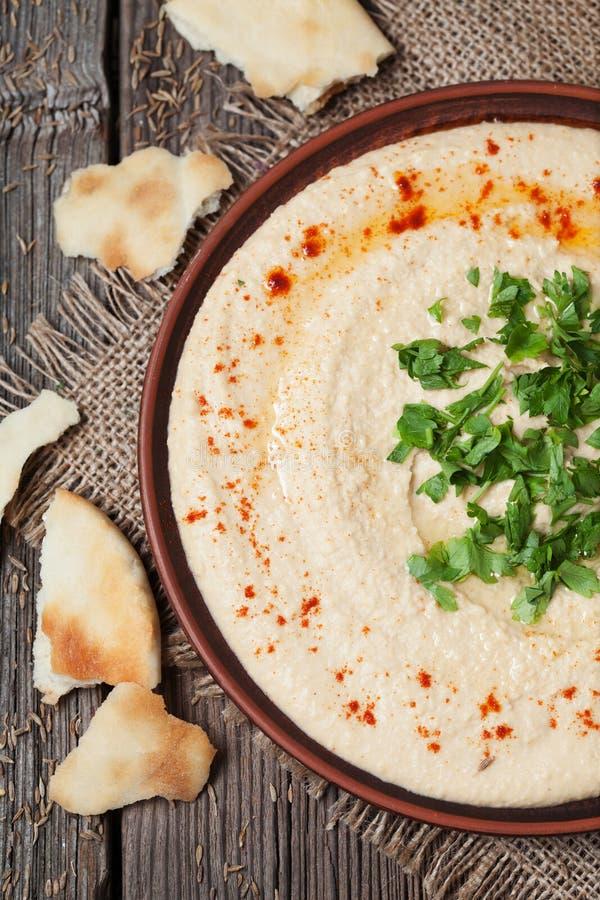 Alimento cremoso da salada do vegetariano saudável de Hummus da proteína imagem de stock royalty free