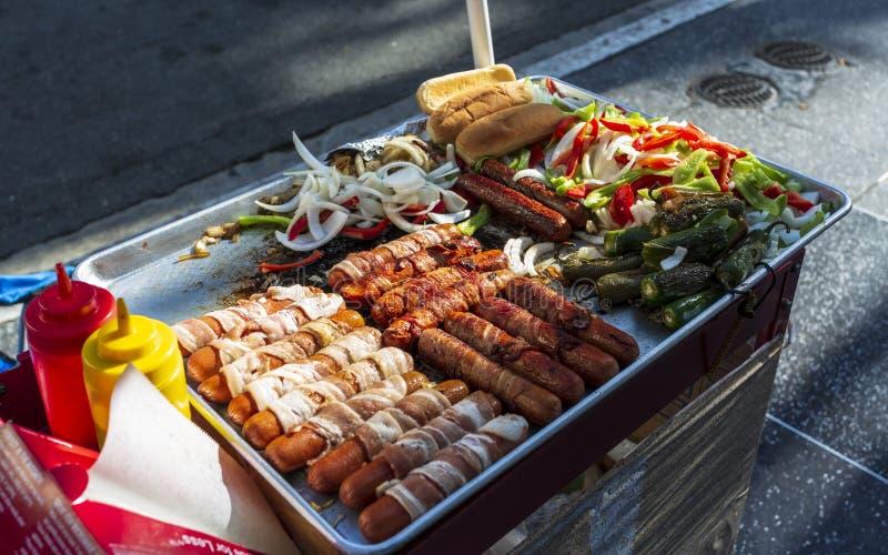 Alimento da rua no bulevar de Hollywood, Hollywood, Los Angeles, Califórnia, Estados Unidos da América, America do Norte imagem de stock
