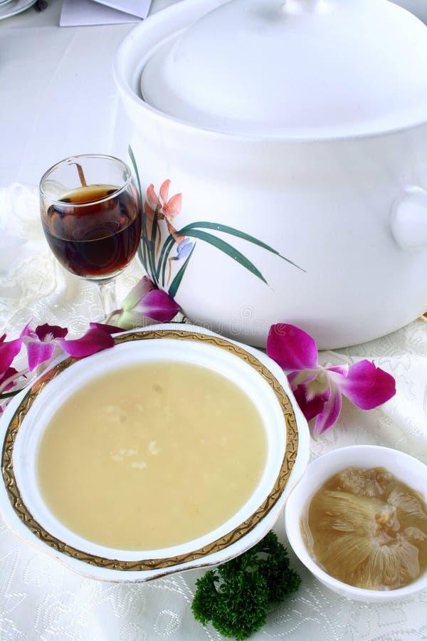 Alimento delicioso de China-- sopa da aleta do tubarão imagens de stock