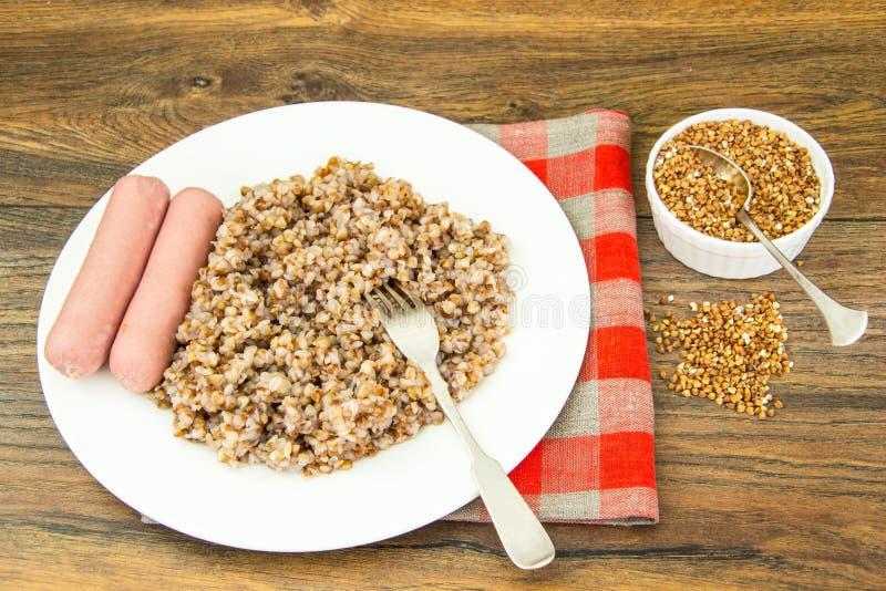 Alimento di dieta della salsiccia di spirito del grano saraceno fotografie stock