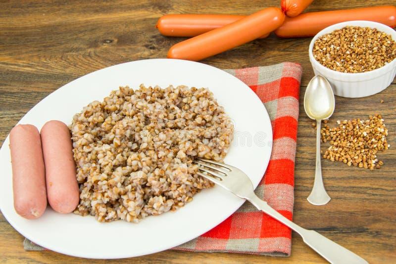 Alimento di dieta della salsiccia di spirito del grano saraceno fotografia stock libera da diritti