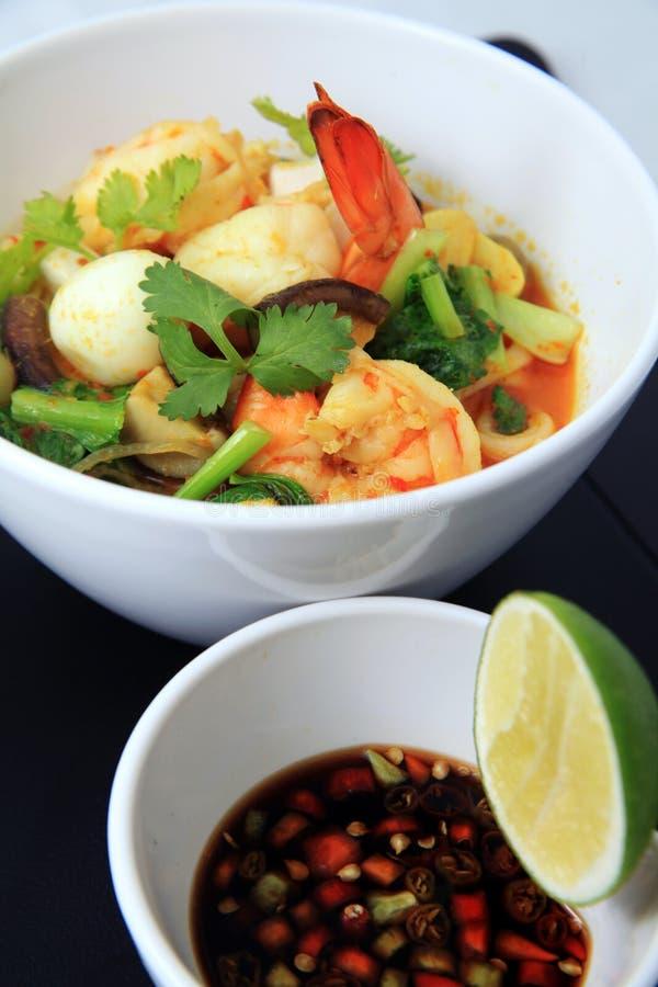 Alimento do asian do macarronete de Laksa fotos de stock