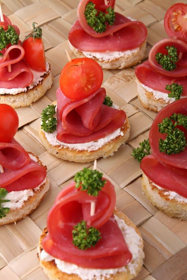 Alimento do bufete dos Canapes fotos de stock royalty free