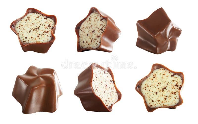 Alimento doce Grupo de chocolates sobre o fundo branco fotos de stock royalty free