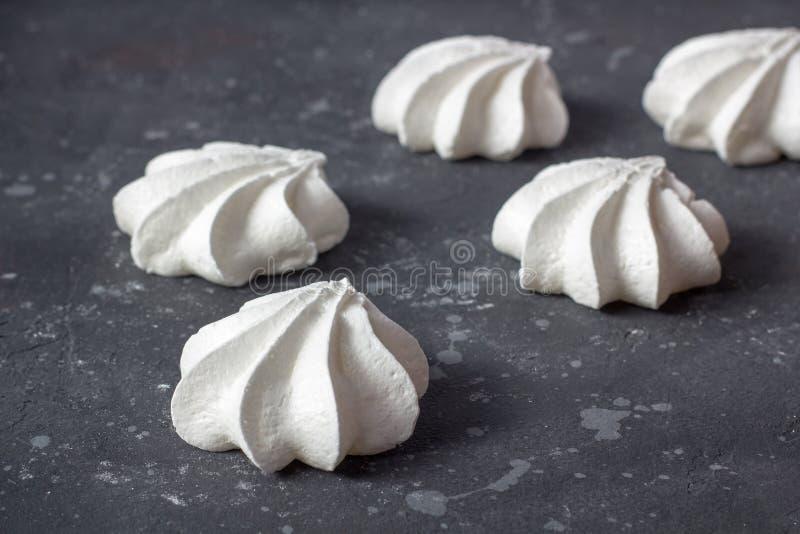 Alimento doce Merengues caseiros deliciosas imagens de stock