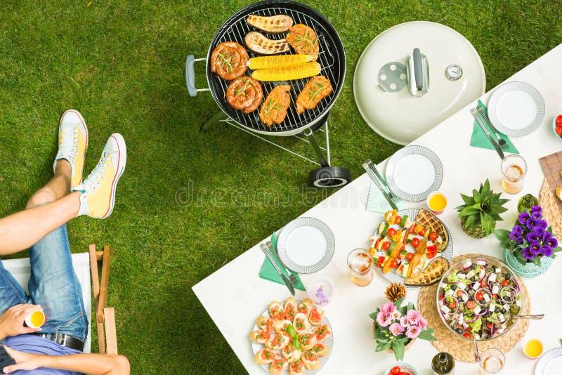 Alimento e barbecue immagini stock