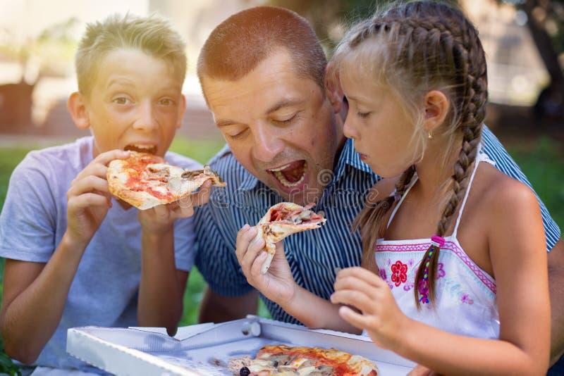 Alimento e conceito da bebida Conceito de família foto de stock
