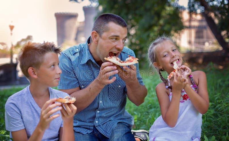 Alimento e conceito da bebida Conceito de família fotos de stock royalty free