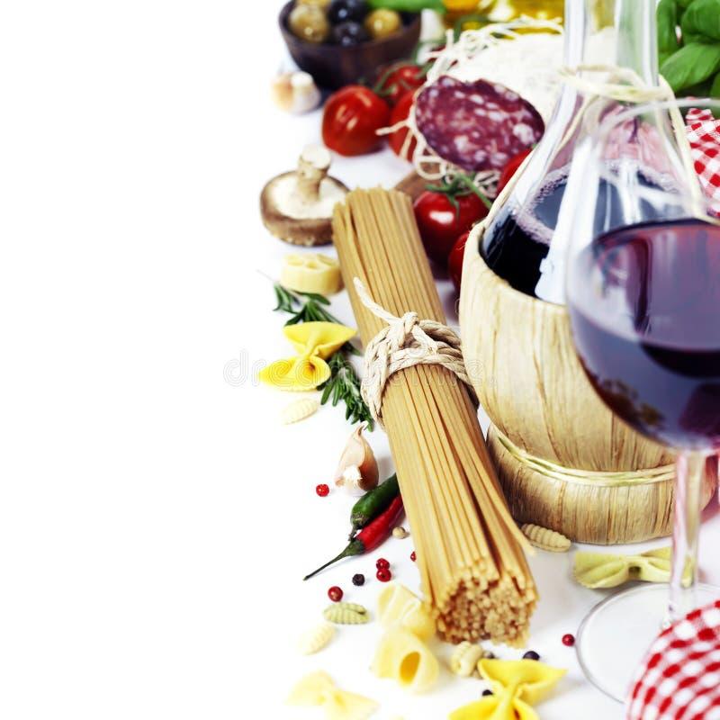 Alimento e vinho italianos foto de stock royalty free