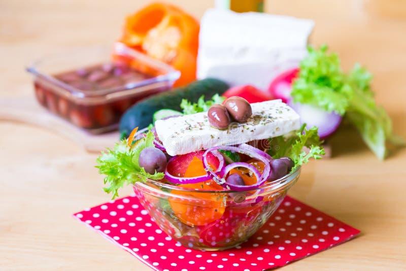 Download Alimento Ensalada De Grecia Foto de archivo - Imagen de cosecha, agricultura: 100529046
