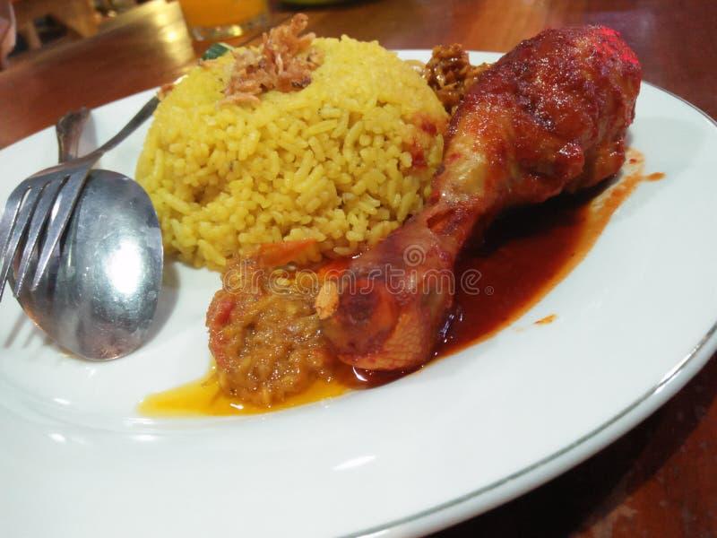 Alimento fresco e delicioso da galinha fotografia de stock royalty free