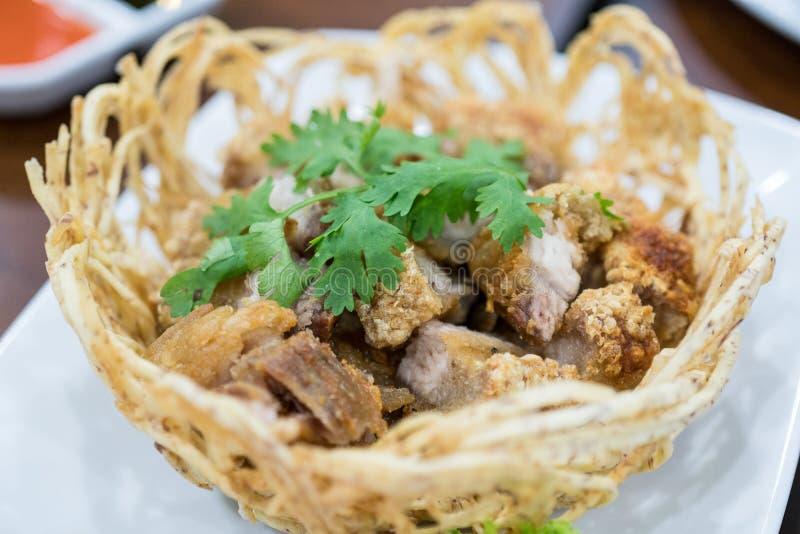 Alimento friável salgado da decoração da carne de porco imagem de stock