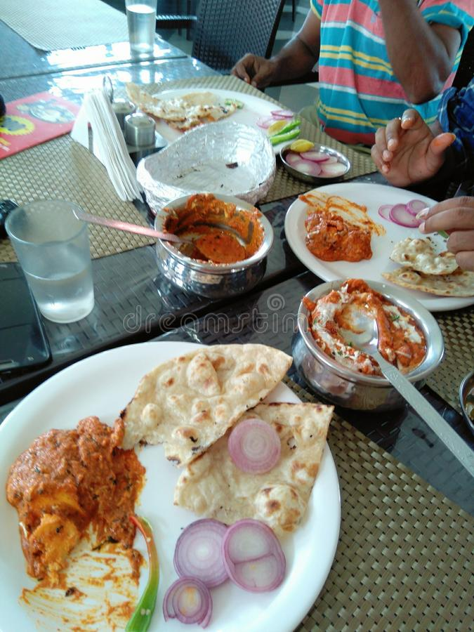 Alimento indiano do desi no hotel fotografia de stock royalty free