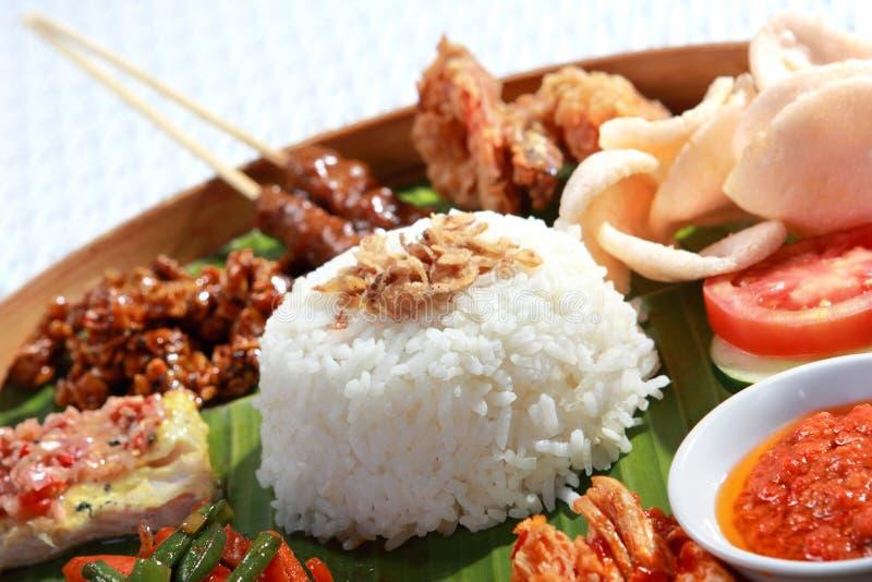 Alimento indonésio para o almoço fotografia de stock