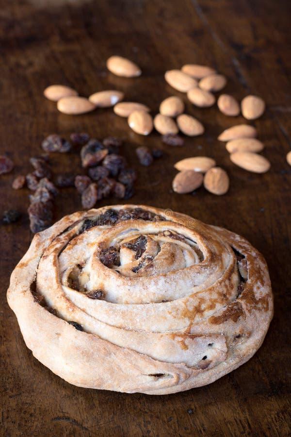 Alimento italiano, bolo calabrês típico do mpigliata e do pitta fotos de stock