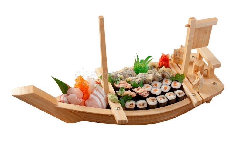 Alimento japonés clasificado del sushi en la nave foto de archivo libre de regalías