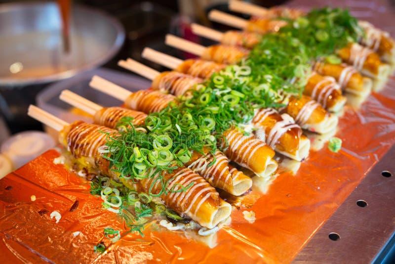 Alimento japonês da rua em Kyoto imagens de stock royalty free