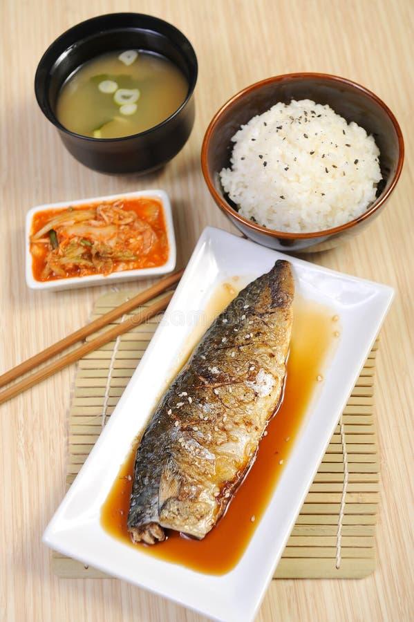 Alimento japonês - peixe grelhado foto de stock royalty free