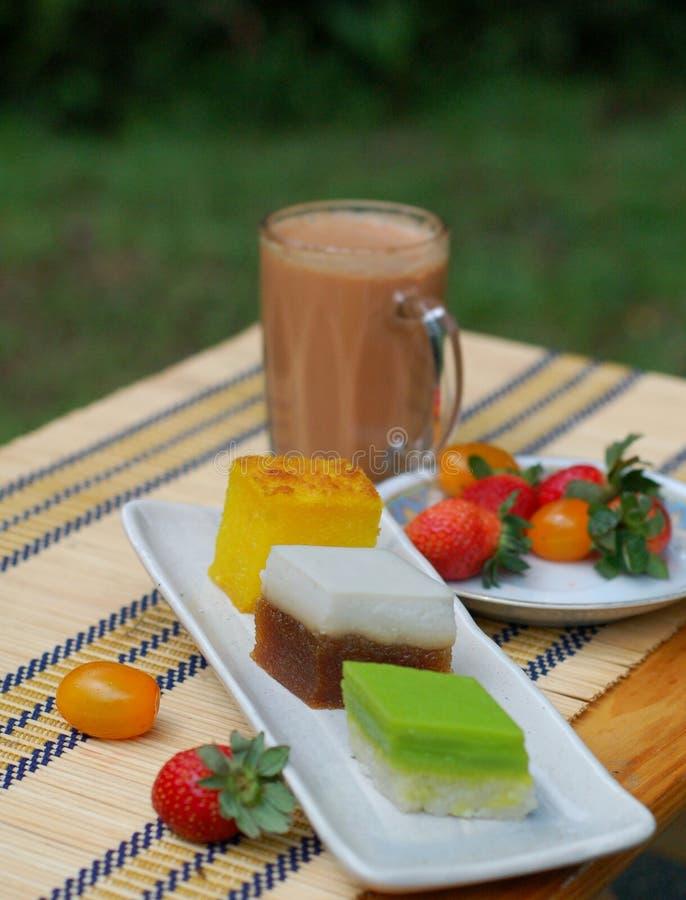 Alimento malaio - chá ao ar livre da noite fotos de stock royalty free