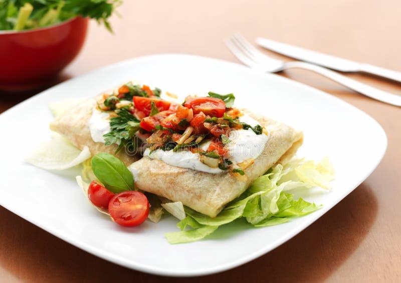 Alimento mexicano - Chimichanga imagen de archivo