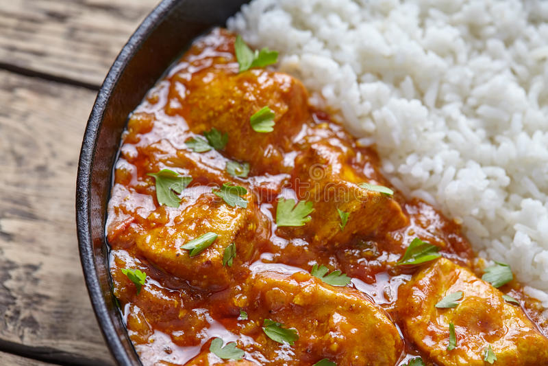 Alimento nacional da carne do caril picante indiano tradicional do masala do tikka da galinha imagens de stock royalty free