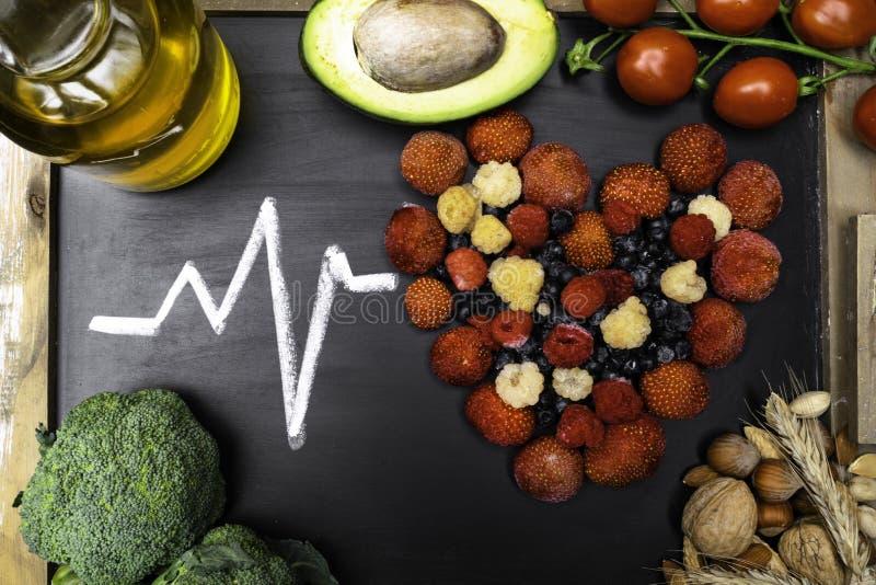 alimento per cuore, ricchi con gli antiossidanti, acidi cloridrici monoinsaturi immagine stock