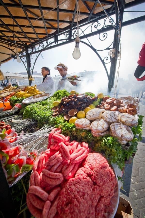 Alimento que cocina paradas en Marrakesh imagen de archivo libre de regalías