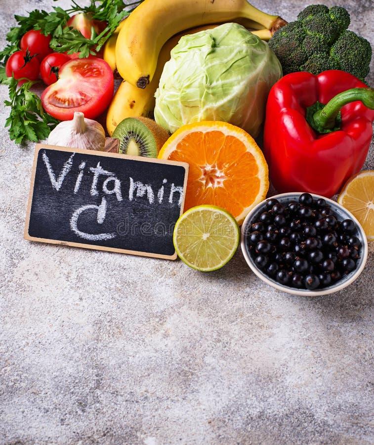 Alimento que contém a vitamina C Comer saudável imagem de stock