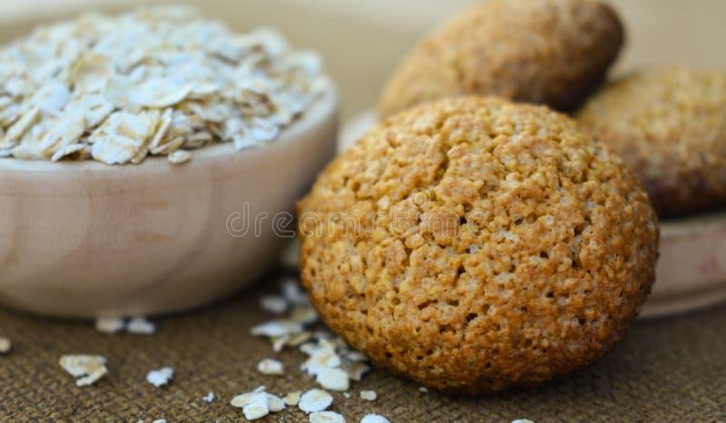 Alimento sano dei biscotti di farina d'avena per slenderness esile immagine stock