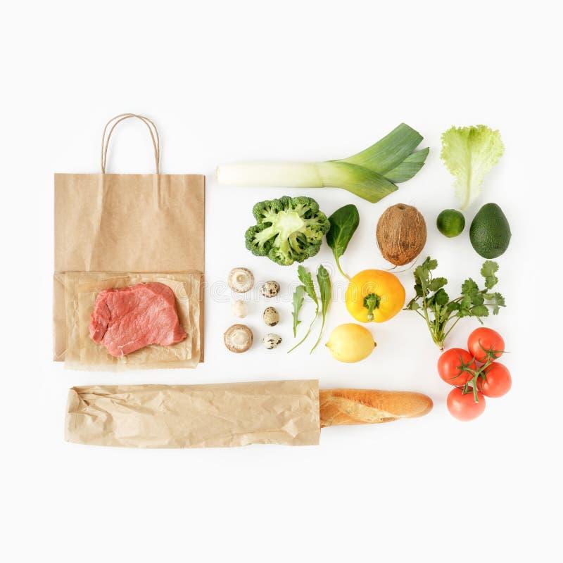 Alimento sano pieno sano del sacco di carta di vista superiore del fondo di cibo immagini stock libere da diritti