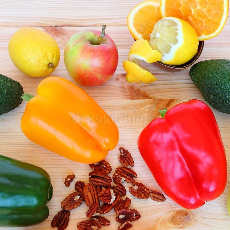 Alimento saudável - vida saudável fotografia de stock royalty free