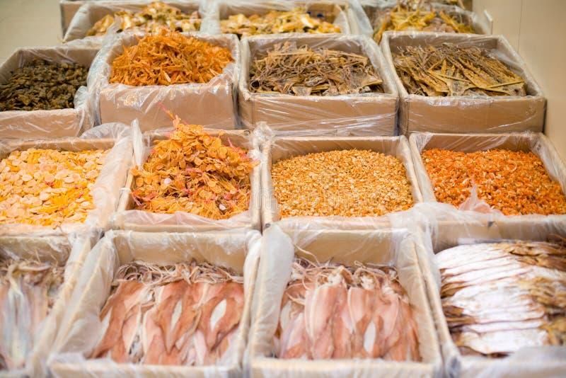 Alimento seco nos mercados de Hong Kong ocidental fotos de stock