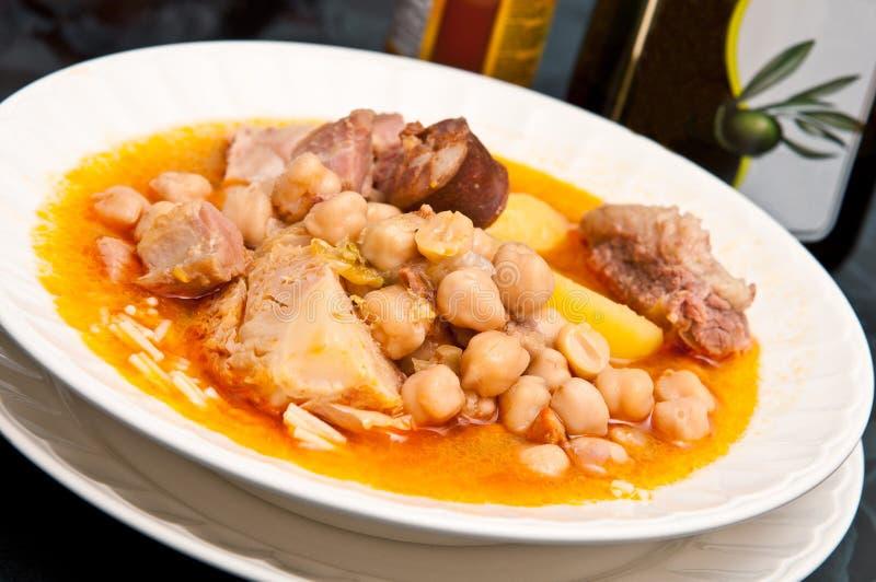 Alimento spagnolo: Cocido Madrileño fotografia stock