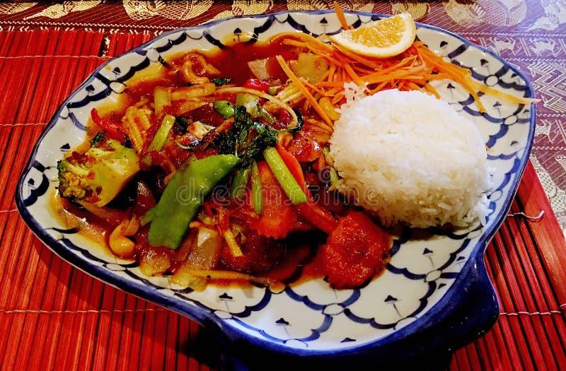 Download Alimento Tailandês - Fritada #6 Do Stir Foto de Stock - Imagem de refeição, ásia: 80100228