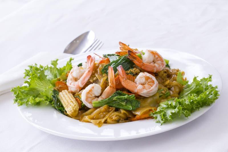 Alimento tailandês: Macarronete fritado Mao de Khi da almofada fotos de stock