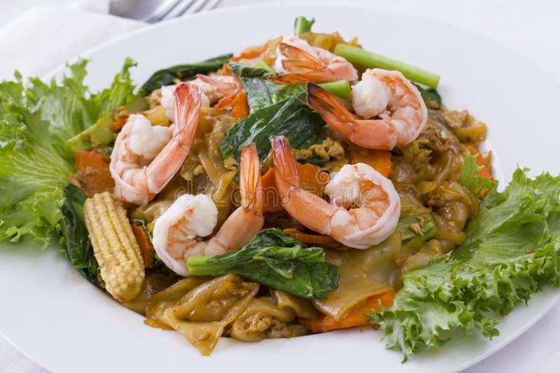 Alimento tailandês: Macarronete fritado Mao de Khi da almofada imagem de stock royalty free