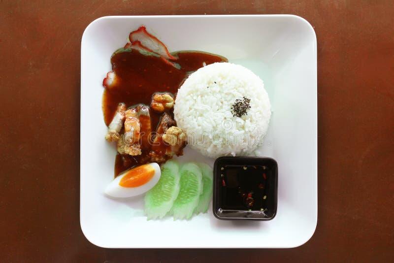 Alimento tailandese, carne di maiale croccante, carne di maiale arrostita, riso cucinato fotografie stock libere da diritti